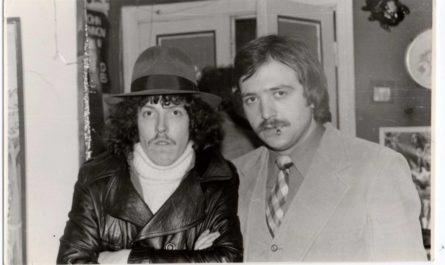Андрей Макаревич - слева
