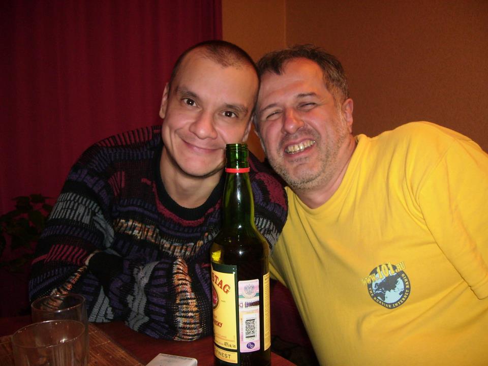 Айрат Дашков - слева
