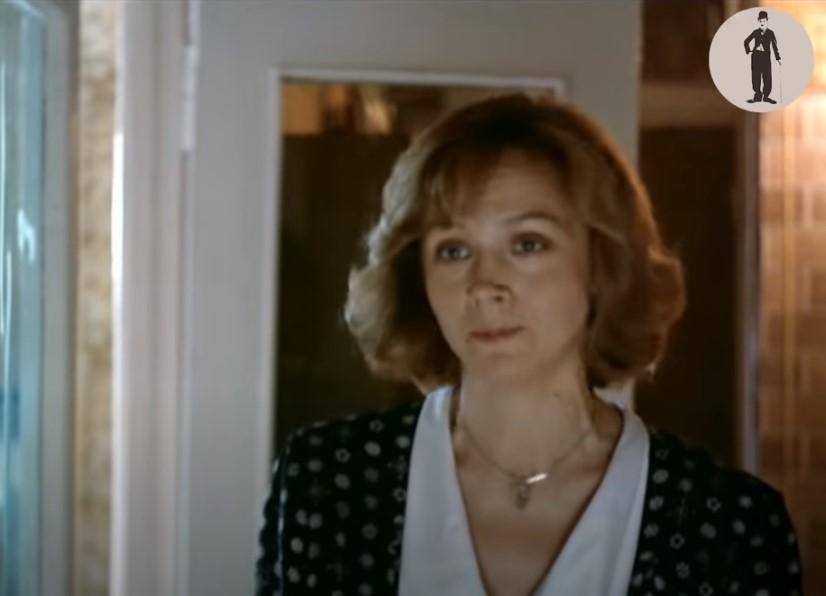 Ирина Купченко в фильме Одинокая женщина желает познакомиться (1986)