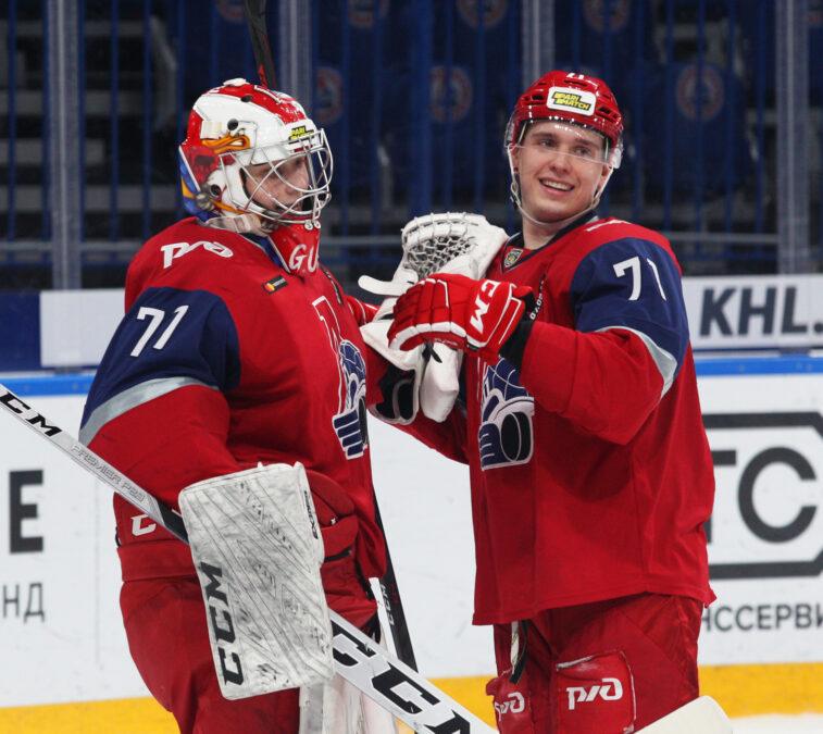 Дмитрий Тювилин справа