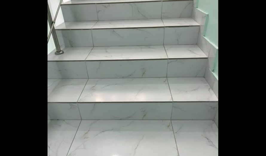 Скользкая плитка на лестнице в больнице вывела из себя украинскую телеведущую