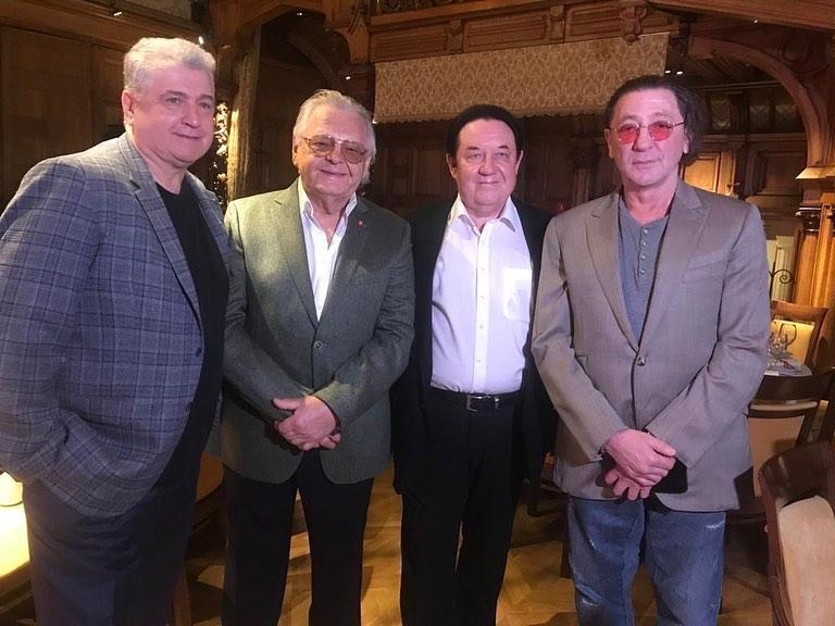 Юрий Антонов второй слева. 5 апреля 2021 года