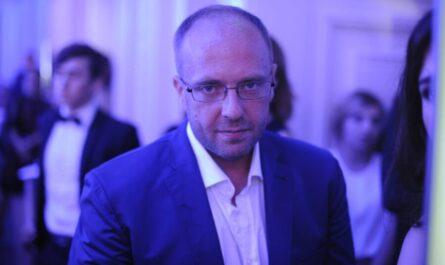 Виталий Гречин