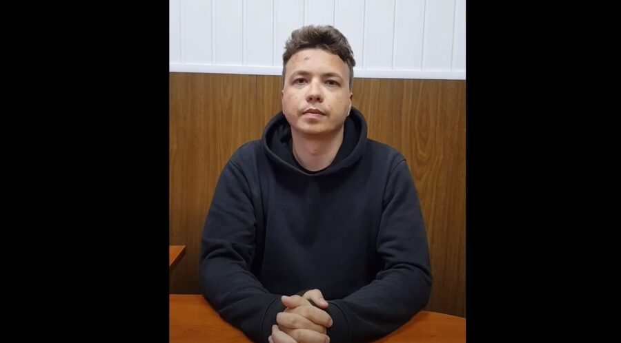 Роман Протасевич. Кадр из видео за 24 мая 2021 года