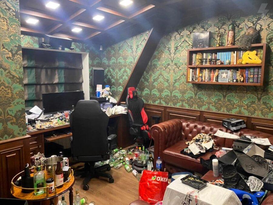 Квартира Юрия Хованского в Санкт-Петербурге