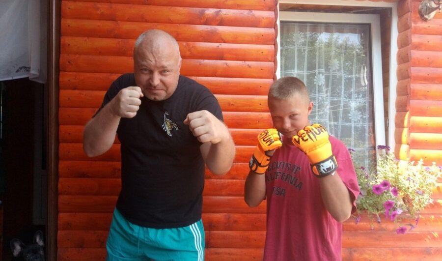 Дмитрий Корней с сыном