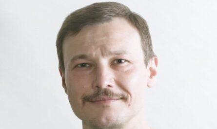 Дмитрий Комелягин