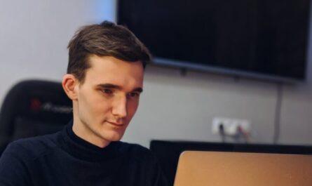 Владислав Тулис